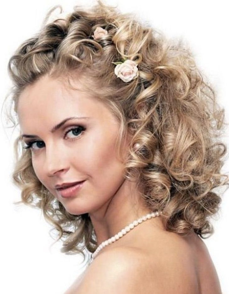 Indian Wedding Hairstyles For Curly Hair, Wedding Hairstyles For With Indian Wedding Hairstyles For Short Curly Hair (View 9 of 15)