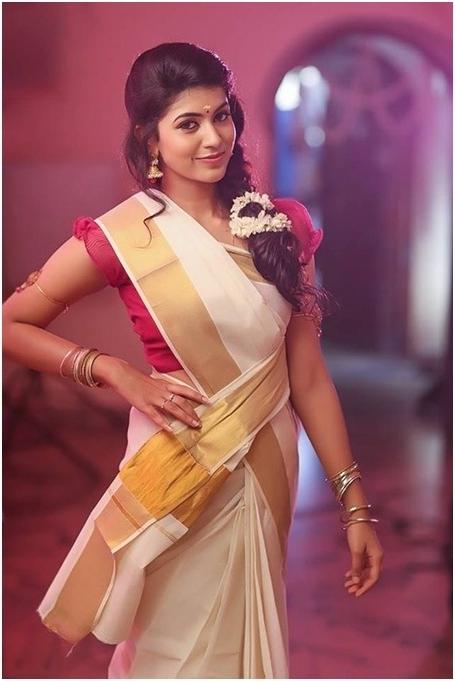 Kerala Bridal Hairstyles In Kerala Wedding Hairstyles For Long Hair (View 15 of 15)