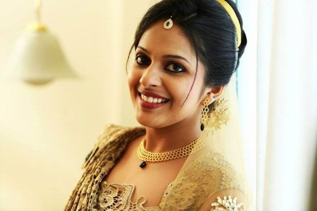 Kerala Christian Bridal Makeupmakeupindia9 | White Wedding Intended For Wedding Hairstyles For Kerala Christian Brides (View 7 of 15)