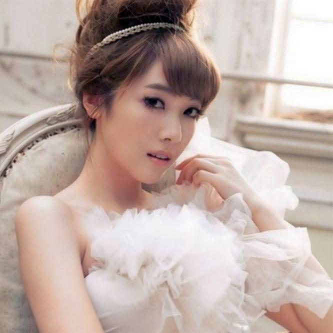 Korea Wedding Makeup | Korean Wedding Photo – Ido Wedding Intended For Korean Wedding Hairstyles (View 9 of 15)