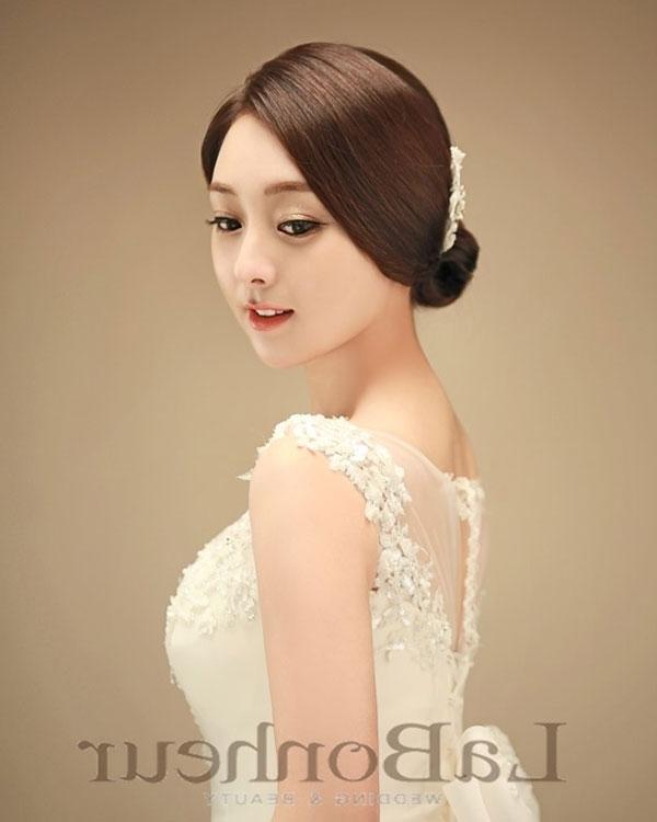 Labonheur | Korean Bridal Hair & Makeup Salons | Onethreeonefour Regarding Korean Wedding Hairstyles (View 8 of 15)