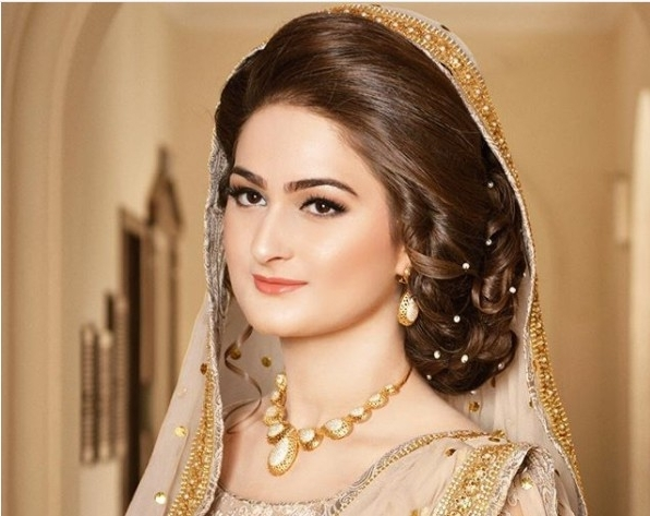 Latest Pakistani Bridal Hairstyles 2018 Inside Pakistani Wedding Hairstyles (View 4 of 15)