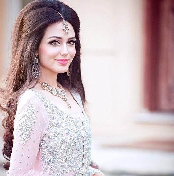 Latest Pakistani Bridal Wedding Hairstyles Trends 2018 2019 Regarding Pakistani Wedding Hairstyles (View 2 of 15)