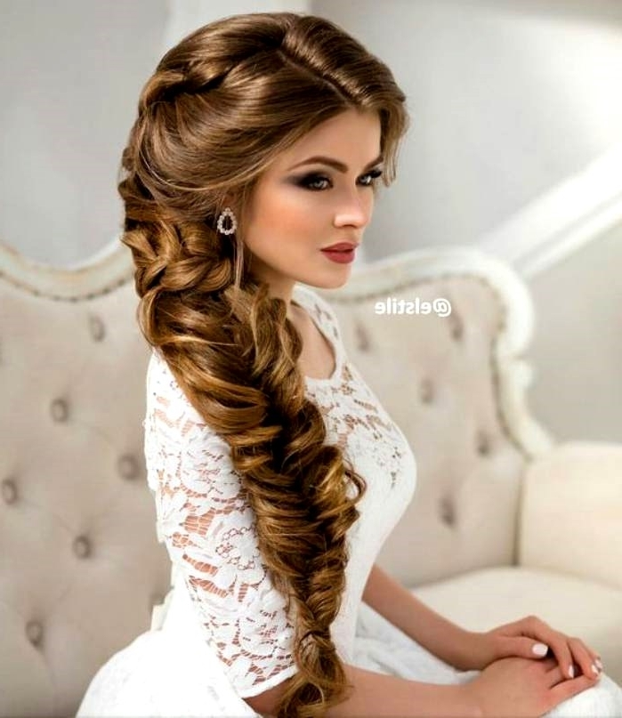 Layout Vintage Wedding Hairstyles For Long Hair Pertaining To Retro Wedding Hairstyles For Long Hair (View 4 of 15)