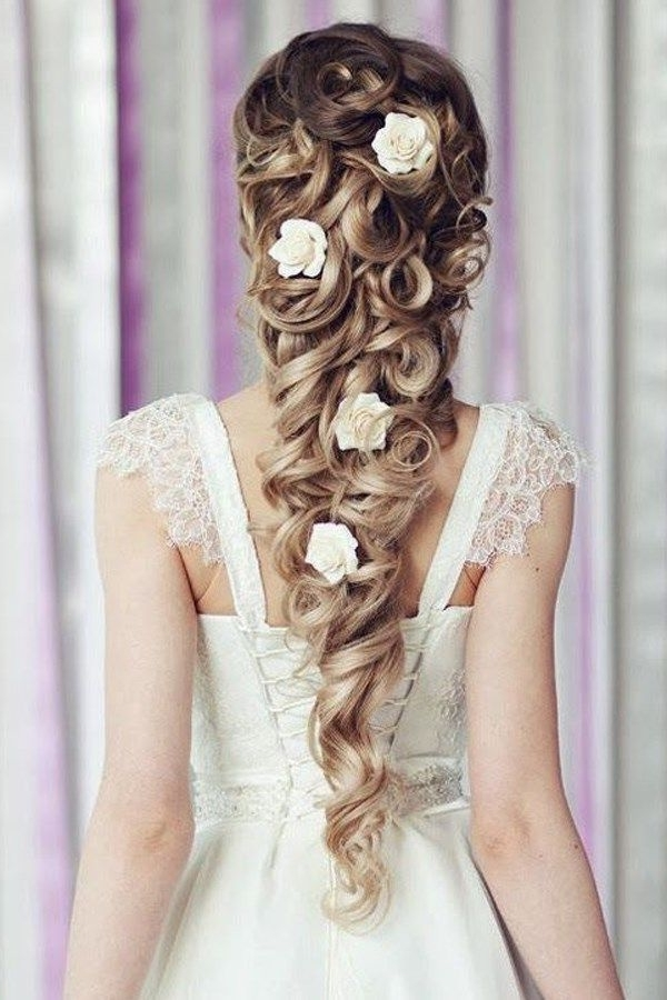 Learn How To Create Hairstyles Like Disney Princesses With This With Wedding Hairstyles Like A Princess (View 6 of 15)