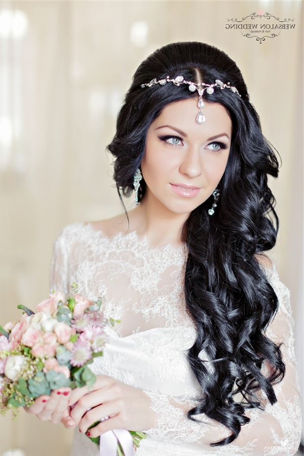 Long Black Wavy Wedding Hairstyle With Hairpiece | Deer Pearl Flowers For Wedding Hairstyles For Long Black Hair (View 11 of 15)