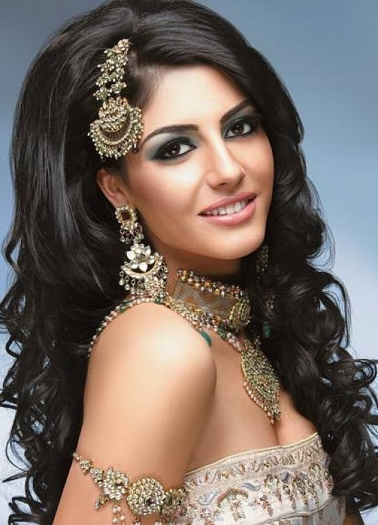 Long Hairstyle For Curly Hair For Indian Brides | News Share Within Indian Wedding Hairstyles For Short Curly Hair (View 2 of 15)