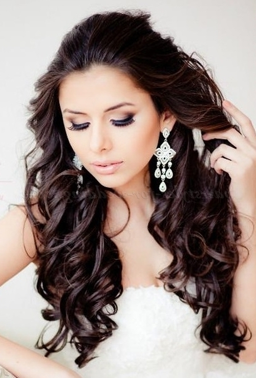 Long Wedding Hairstyles – All Down Wavy Bridal Hairstyle Throughout Wedding Hairstyles For Long Wavy Hair (View 9 of 15)