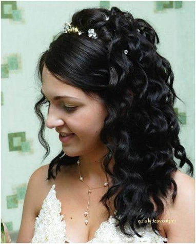 Luxury Wedding Hairstyles For Medium Length Hair Indian | Improvestyle Throughout Indian Wedding Hairstyles For Shoulder Length Hair (View 14 of 15)
