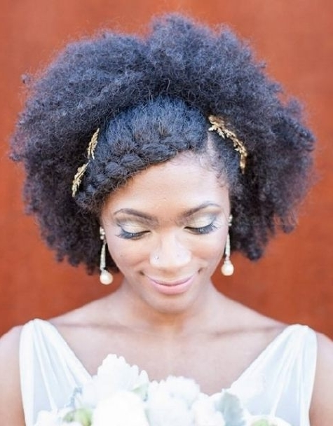 Medium Length Afro Hairstyle For Brides ( Afro Hair Wedding With Regard To Wedding Hairstyles For Kinky Hair (View 14 of 15)