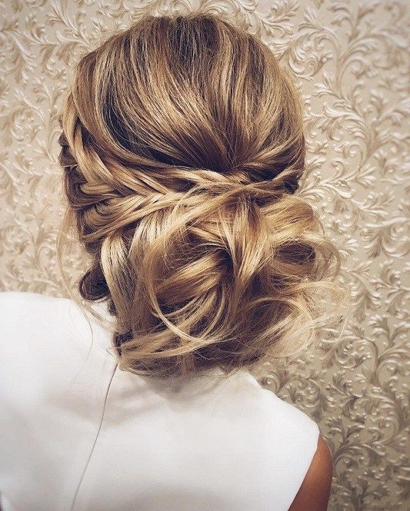 Messy Wedding Hair Updos | Messy Wedding Hair, Messy Updo Hairstyles With Regard To Messy Wedding Hairstyles (View 4 of 15)