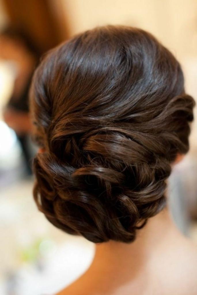 Minute Elegant Bun Hairstyle Totally Easy Hair Unbelievable Regarding Wedding Updos Hairstyles For Medium Length Hair (View 7 of 15)