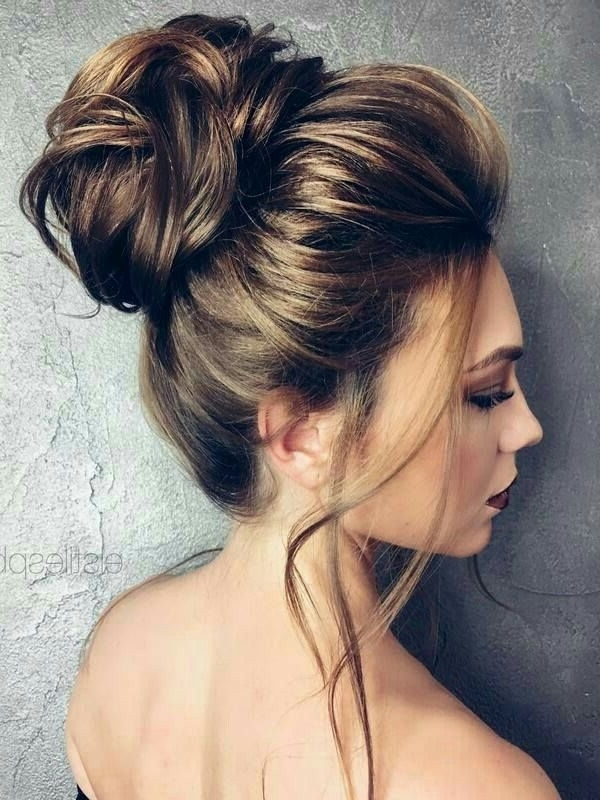 Moños Bellos | Hair | Pinterest | Bun Hairstyle, Hair Style And Up Dos With Wedding Bun Hairstyles (View 10 of 15)