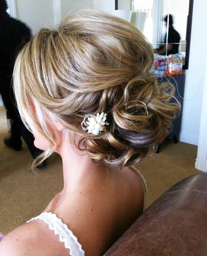 New Most Popular Short Hairstyles For Thin Hair | Fashionspick Throughout Wedding Hairstyles For Short Thin Hair (View 6 of 15)