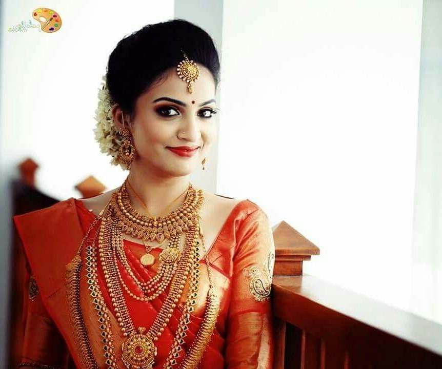 Pinalphonsa Thomas On Kerala Bride | Pinterest | Saree, Wedding Inside Wedding Engagement Hairstyles (View 12 of 15)