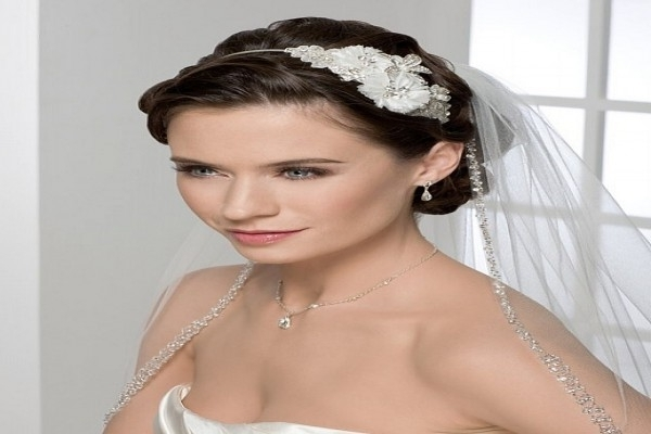 Pretty Wedding Updo Hairstyles For Long Straight Hair With Veil . (View 12 of 15)