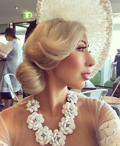 Races Hairstyles With Fascinators – Hair Ideas For Race Day With Regard To Wedding Hairstyles For Long Hair With Fascinator (View 11 of 15)