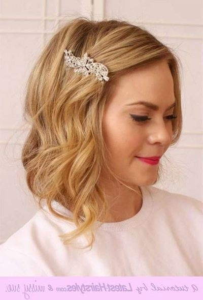 Short Hair Styles For Wedding 20 New Wedding Styles For Short Hair Pertaining To Wedding Hairstyles For Short Hair Bridesmaid (View 15 of 15)