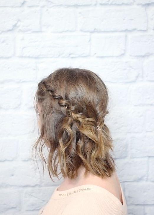 Short Hair Wedding Styles 15 Natural Wedding Hair Styles For The Inside Down Short Hair Wedding Hairstyles (View 9 of 15)