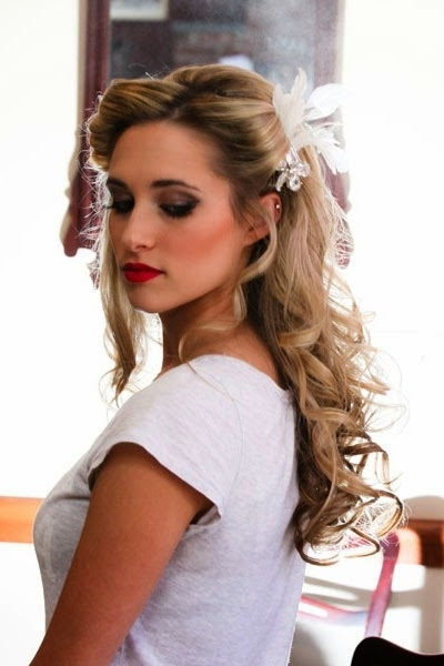Short Haircuts For Girls Are Very Stylish And Attractive: Wedding Inside One Side Up Wedding Hairstyles (View 4 of 15)