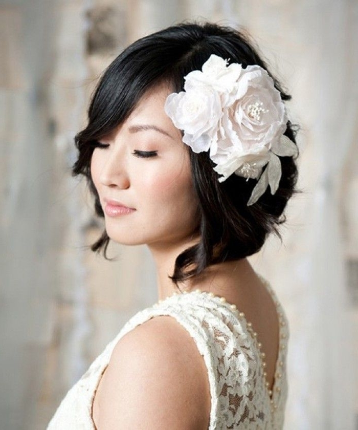 Short Wedding Hair With Birdcage Veil – Beautiful Bride In Short In Wedding Hairstyles For Short Hair And Veil (View 8 of 15)