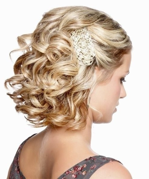 Shoulder Length Curly Hair Wedding Styles Bridesmaid Hairstyles For In Wedding Hairstyles For Short Hair Bridesmaid (View 11 of 15)