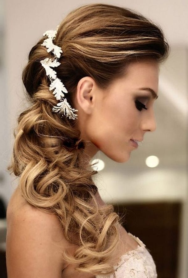 Side Ponytail Wedding Hairstyles Wih White Floral Hairpiece | Dream With Regard To Wedding Hairstyles Long Side Ponytail Hair (View 5 of 15)