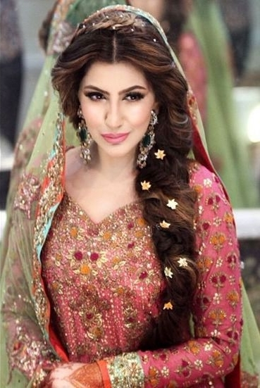 Simple Indian Bridal Hairstyles For Long Hair 16 Best Indian Wedding Intended For Wedding Hairstyles For Indian Bridesmaids (View 11 of 15)