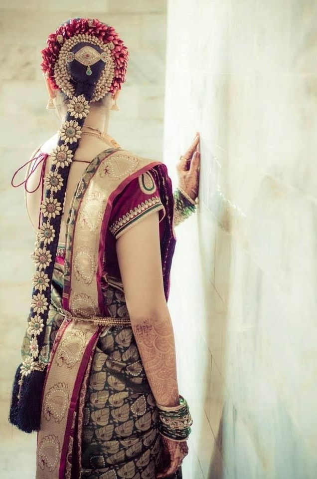 Simple Trending South Indian Bride Hairstyle To Try On Wedding Pertaining To South Indian Wedding Hairstyles For Medium Length Hair (View 13 of 15)