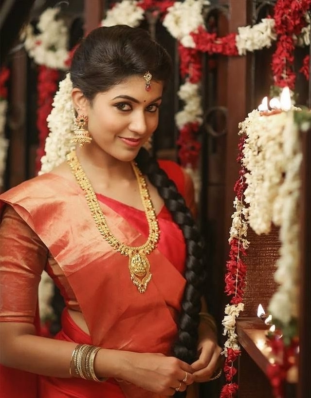South Indian Bride Hairstyle Ideas (View 12 of 15)