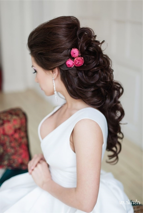 Style Ideas: 20 Modern Bridal Hairstyles For Long Hair | Deer Pearl Intended For Modern Wedding Hairstyles For Long Hair (View 11 of 15)