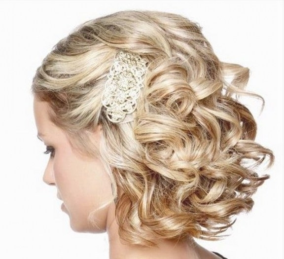 The Best Bridal Hairstyle Short Hair Ideas On Pinterest And Wedding With Shoulder Length Wedding Hairstyles (View 12 of 15)
