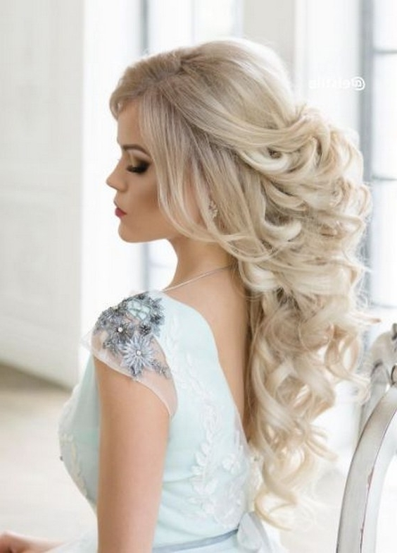 The Most Romantic Wedding Hairstyles Ideas Just For You 24 – Nona Gaya For Romantic Wedding Hairstyles (View 7 of 15)