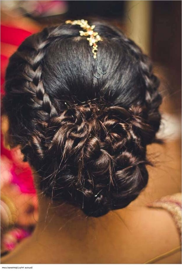 Top 10 Indian Wedding Hairstyles For Sarees Inside Indian Bridal Hairstyles For Medium Length Hair (View 12 of 15)
