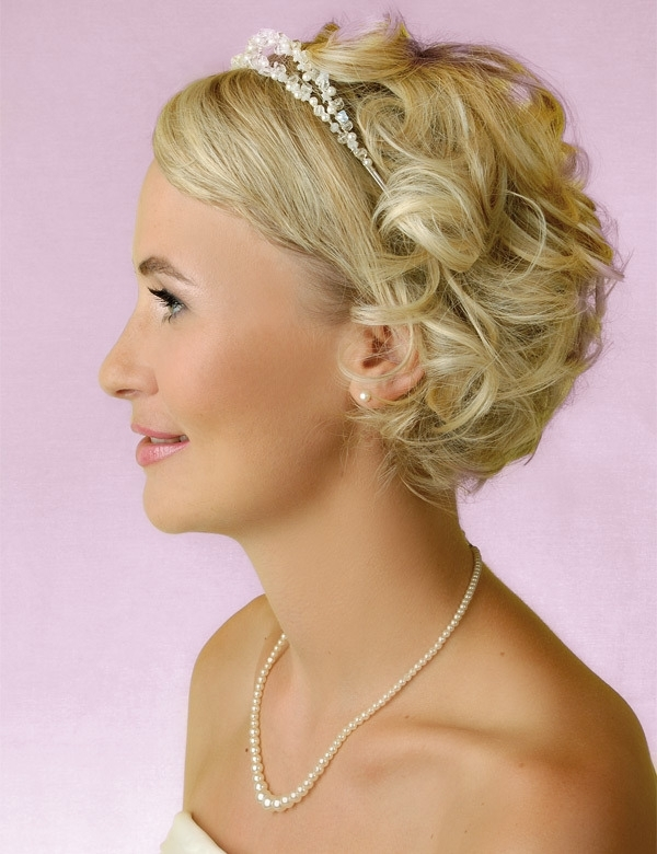 Top 10 Photo Of Bridal Hairstyles For Short Hair | Natural Modern For Elegant Wedding Hairstyles For Short Hair (View 4 of 15)