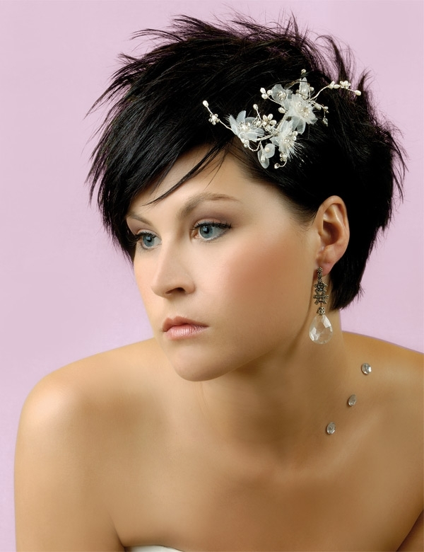 Top 10 Photo Of Bridal Hairstyles For Short Hair | Natural Modern Intended For Classic Wedding Hairstyles For Short Hair (View 10 of 15)