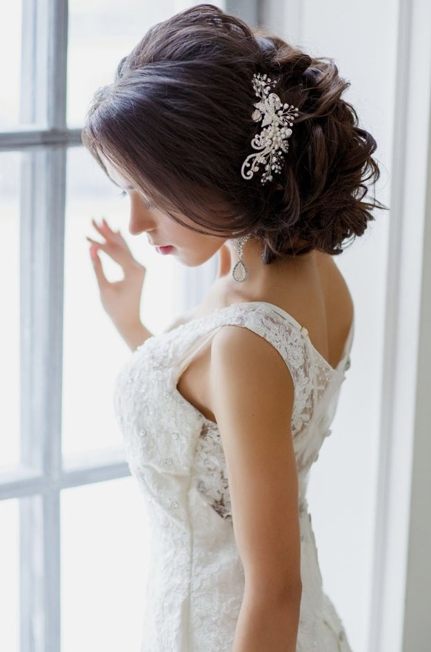 Top Classic Wedding Hairstyles With Classic Bridal Hair And Makeup For Classic Wedding Hairstyles (View 5 of 15)