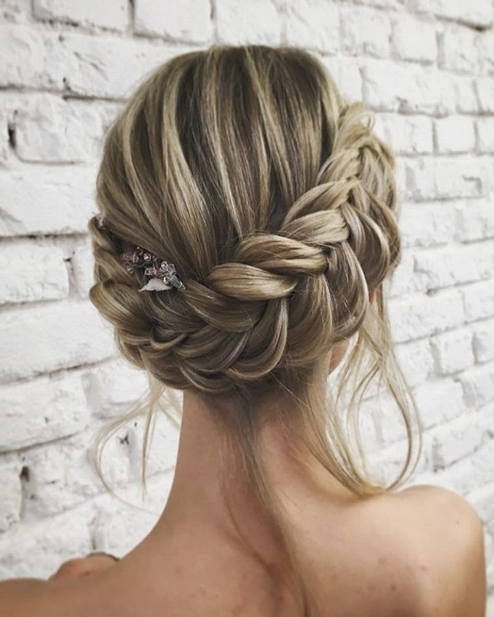 Unique Wedding Hair Ideas You'll Want To Steal | Updo, Boho And Wedding In Wedding Hairstyles For Long Boho Hair (View 15 of 15)