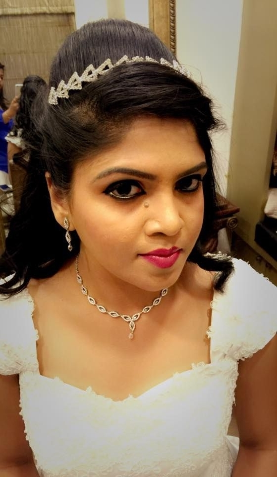 Very Pretty Indian Christian Bridal Makeup Ideas For Winter Weddings | For Christian Bride Wedding Hairstyles (View 15 of 15)