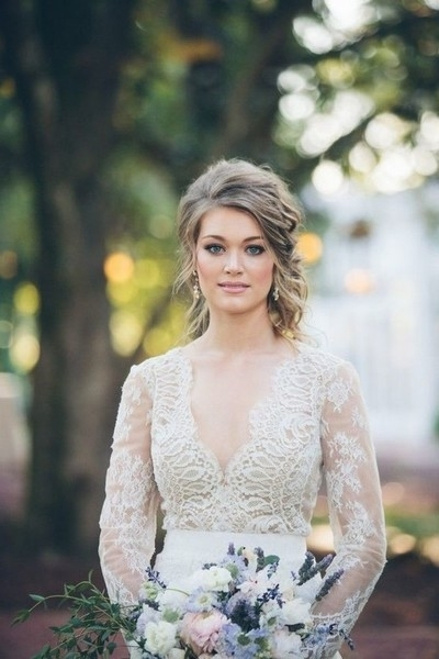 Vintage Vixen – Utterly Chic Vintage Wedding Hairstyles – Livingly Throughout Vintage Wedding Hairstyles (View 15 of 15)