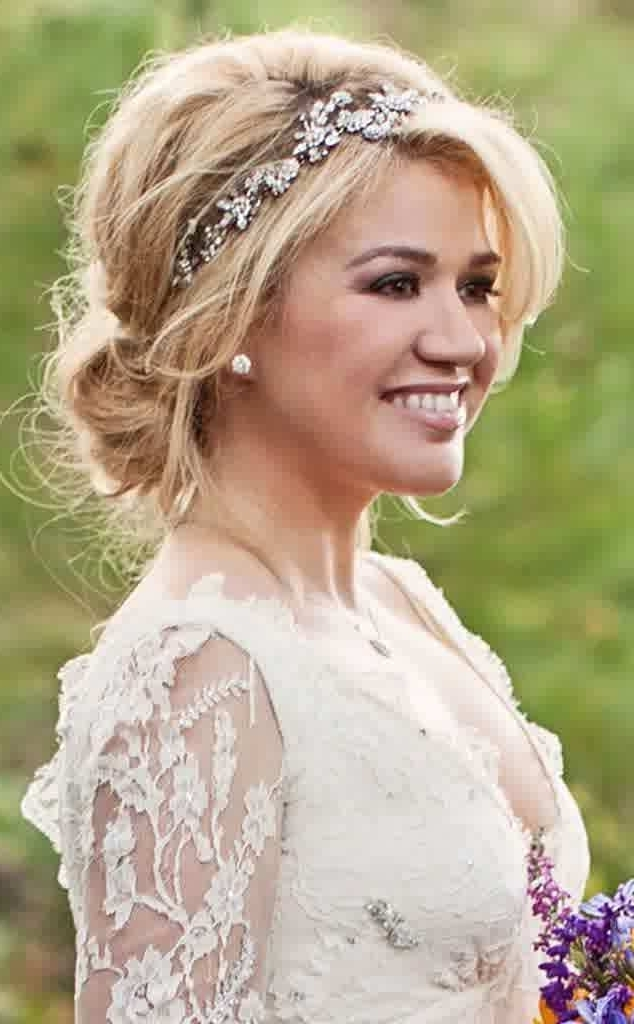 Vintage Wedding Hairstyles For Medium Length Hair New Awesome Hair With Regard To Vintage Wedding Hairstyles For Medium Length Hair (View 10 of 15)