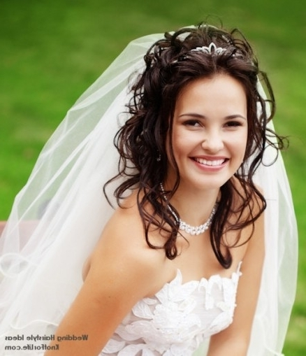 Wavy Wedding Hairstyle With A Veil And Tiara – Knot For Life Inside Within Wedding Hairstyles With Veil And Tiara (View 9 of 15)