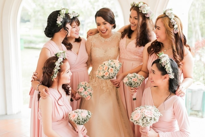 Waw Wedding Tip Sheet: Ento Etiquette – Weddings At Work For Wedding Entourage Hairstyles (View 10 of 15)