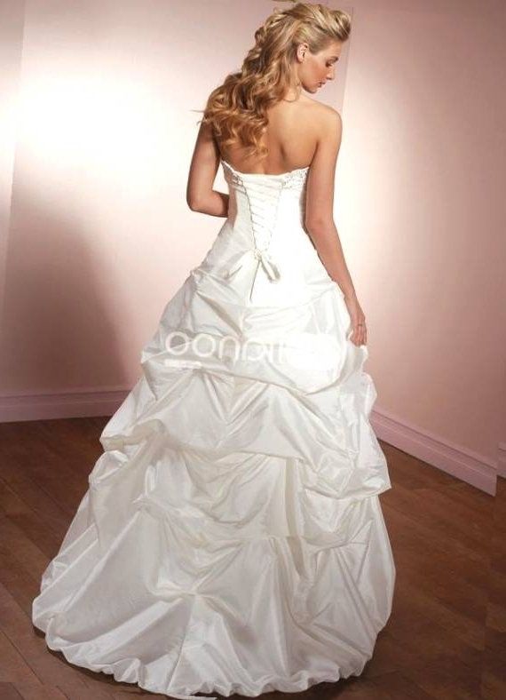 Wedding Dresses And Hairstyles Of Wedding Hairstyles Strapless Dress Regarding Wedding Hairstyles For Long Hair And Strapless Dress (View 9 of 15)