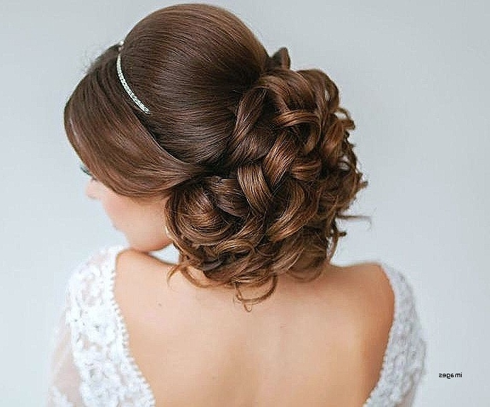 Wedding Hairstyles: Awesome Wedding Hairstyles For Bridesmaids With With Regard To Wedding Hairstyles For Shoulder Length Hair With Tiara (View 8 of 15)