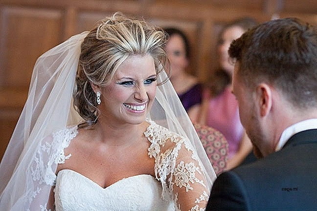 Wedding Hairstyles: Awesome Wedding Hairstyles For Older Brides Intended For Wedding Hairstyles For Mature Bride (View 9 of 15)