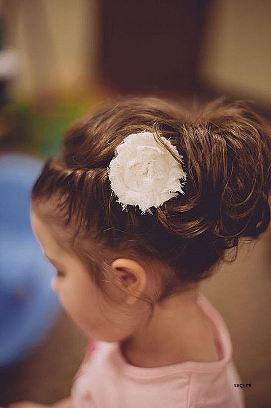 Wedding Hairstyles: Awesome Wedding Hairstyles For Young Bridesmaids With Wedding Hair For Young Bridesmaids (View 15 of 15)