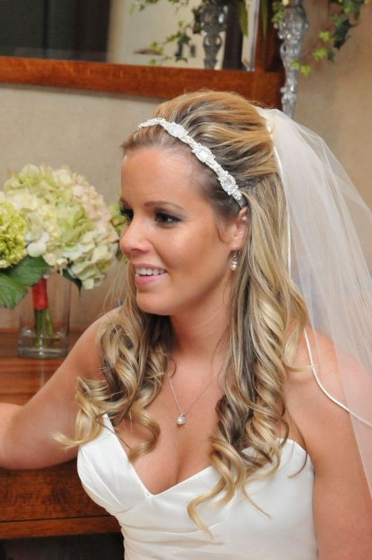Wedding Hairstyles Down With Veil – Hairstyle For Women & Man Throughout Half Up With Veil Wedding Hairstyles (View 7 of 15)
