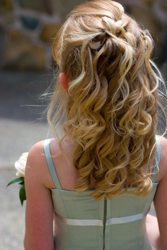 Wedding Hairstyles For Little Girls | Lovetoknow Intended For Wedding Hair For Young Bridesmaids (View 11 of 15)