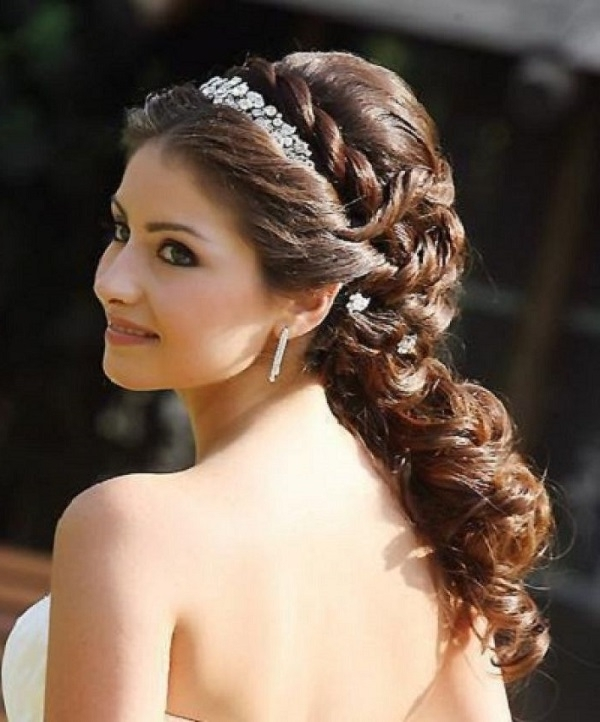 Wedding Hairstyles For Long Hair Half Up With Tiara (5) | Weddings Eve Within Wedding Hairstyles For Long Hair Down With Tiara (View 13 of 15)